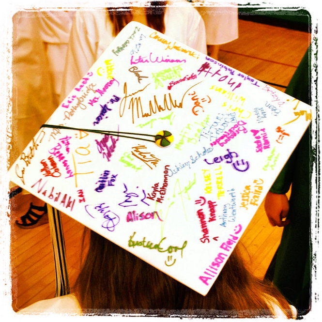 Graduation Cap Decoration Ideas How To Decorate Your Grad Hat