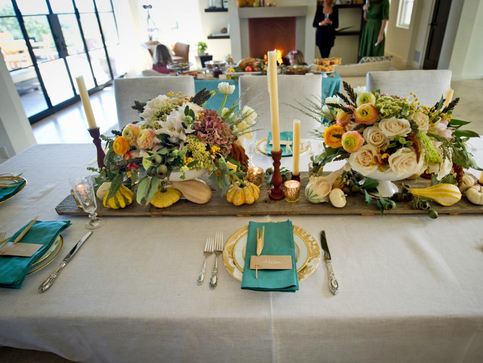 original_camille-styles-thanksgiving-autumnal-table-setting_4x3-jpg-rend-hgtvcom-966-725-1