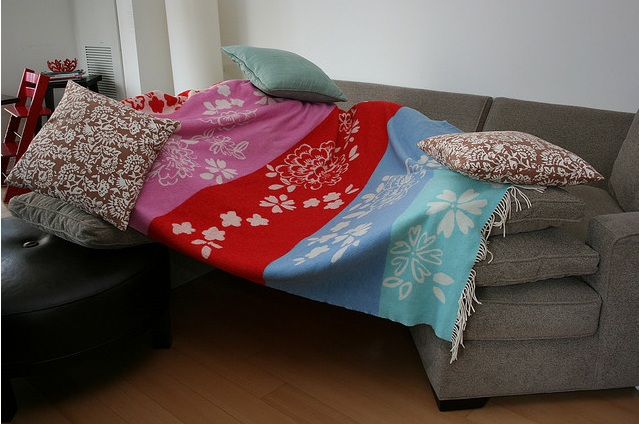 Couch cushion fort