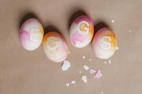 Easter egg decoration tips